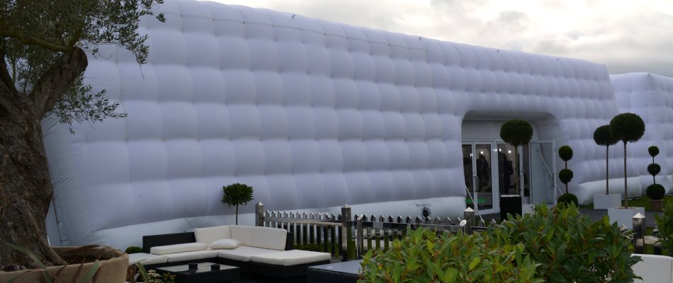 Inflatable Air Filled Cubes